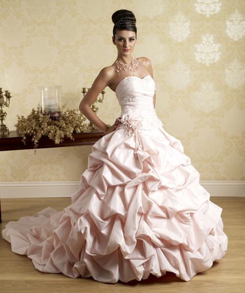1a9e0fe11d8 svatební šaty » na objednání » princeznovské